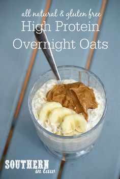 This Healthy High Protein Overnight Oats Recipe is the perfect protein packed breakfast to fuel you through a busy day Gluten free low fat sugar free high protein clean e. High Protein Low Carb, High Protein Recipes, Protein Snacks, Healthy Protein, Low Carb Recipes, Healthy Recipes, Healthy Snacks, Free Recipes, Protein Bars