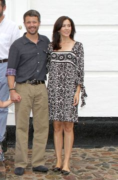 Princess Mary and Prince Frederik Photos - The Danish royal family poses for casual photos outside their summer home at Grasten Palace. - Danish Royal Family at Grasten Palace