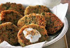 Recette Croquettes de quinoa, sauce au yogourt et au citron - Coup de Pouce