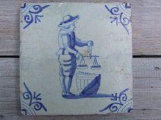 Antieke Makkumer Tegels : Beste afbeeldingen van antieke tegels delft tiles tiles en