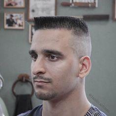 Summer Haircuts, Haircuts For Men, Haircut Men, Flat Top Haircut, Male Pattern Baldness, Hairstyles Haircuts, Moustache, Bearded Men, Short Hair Cuts