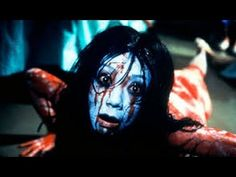 The Grudge was a hugely popular Japanese horror film. So much so, that it spawned a Hollywood remake and sequels and 2009 Horror Movie Characters, Best Horror Movies, Scary Movies, Greatest Movies, Scary Pop Up, Ju On The Grudge, Horror Sounds, Que Horror, Scary Pranks