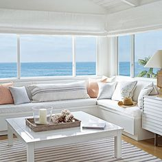 Coastal Living Room With Built-In Banquette