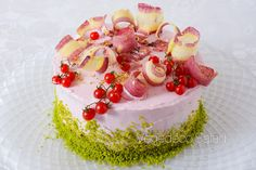 salad cake with bacon