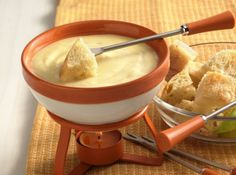 Mild Cheese Fondue.... I love fondue!  Need to do a fondue party :D