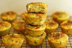 These mini frittatas are so versatile, you will love them! You can eat them as is for a delicious breakfast, or you can use them to make the best breakfast sandwich. I love to put a mini frittata i. Best Breakfast Sandwich, Breakfast Bites, Detox Meal Plan, Detox Meals, Detox Foods, Healthy Gluten Free Recipes, Healthy Meals, Paleo, Healthy Eating