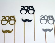 GLAMOROUS New Years Eve Party Ideas and Tips -Photo Booth Props Weddings Birthday Party Christmas Party