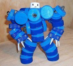 .robot van plastic doppen