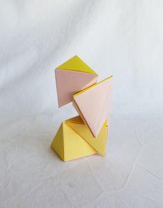 Casse tête Magnet Petit format en Origami: Les Tétraèdres magnétiques, fraise et vanille