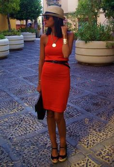 Chicisimo · The outfit ideas app to decide what to wear Mini Pencil Skirt, Pencil Skirt Outfits, Photomontage, Zara Dresses, Fashion Dresses, Love Fashion, Spring Fashion, Dress Me Up, What To Wear