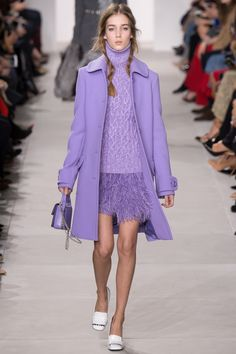 Michael Kors Collection Fall 2016 Ready-to-Wear Fashion Show  **silhouette and composition --diff color