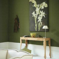Flur In Grün Gestalten   Mit Einem Bild An Der Wand   Farbgestaltung Im  Flur U2013 25 Originelle Vorschläge
