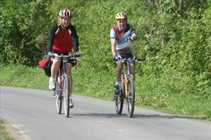 Die Radregion Radkarte Ost umfasst mehrere Radtouren, die natürlich alle perfekt beschildert sind. Von Familienradtouren über Touren für Genussradler bis hin zu Abschnitten für ambitionierte Radfahrer wird alles geboten. #Regionbadradkersburg #Radtour #Ausflug #Urlaub