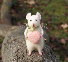 Süße Maus Nadelfilz Maus weiße Maus Nadelfilz Tier von DidiDaydream