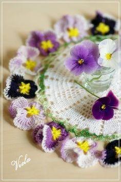 たくさんの花が咲きました 春らしく、華やかに、、、、