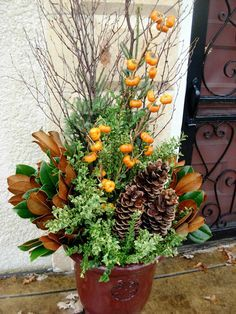 25 beautiful fall planters for easy outdoor fall decorations 3 Container Flowers, Container Plants, Container Gardening, Vegetable Gardening, Winter Planter, Fall Planters, Vertical Herb Gardens, Fall Containers, Succulent Containers