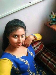 बड़े दूध पतली कमर छोटी सी चूत सारी रात चूत गांड मारने के लिए इस साइट पर आ जाए Indian Natural Beauty, Indian Beauty Saree, Beautiful Girl Indian, Most Beautiful Indian Actress, Beauty Full Girl, Beauty Women, Girl Number For Friendship, Indian Girl Bikini, Massage Girl