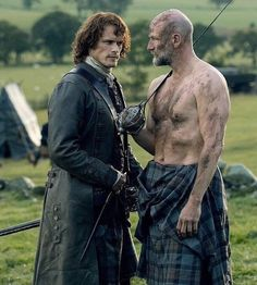 OUTLANDER season 4 is almost here with the show's stars Caitriona Balfe and Sam Heughan returning as Claire and Jamie Fraser. But where is the new series filmed? Sam Heughan Outlander, Outlander 3, Outlander Casting, Outlander Quotes, Claire Fraser, Jamie Fraser, Fraser Clan, Diana Gabaldon Outlander Series, Outlander Book Series