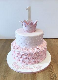 Pink Princess Crown Birthday Cake - Sophia's Birthday - Birthday Cake Crown, 1st Birthday Cake For Girls, Pink Birthday Cakes, Princess Birthday Cakes, Pink Princess Cakes, Pink Princess Party, Princess Sophia, Princess Rapunzel, Unicorn Birthday
