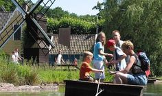 Het verleden komt tot leven in het Nederlands Openluchtmuseum. Er komen onvergetelijke herinneringen boven door de bijzondere ontmoetingen, geuren, beelden en verhalen. Meer informatie: http://www.openluchtmuseum.nl/