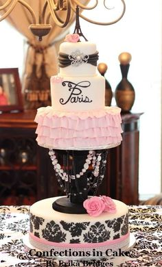"""""""Baby Paris"""" Themed Baby Shower- I could make the cake plate Fancy Cakes, Cute Cakes, Pretty Cakes, Beautiful Cakes, Baby Shower Paris, Paris Bridal Shower, Bolo Paris, Paris Cakes, Paris Theme Cakes"""