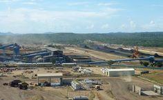 A Odebrecht Infraestrutura - África, Emirados Árabes e Portugal atua em Emirados Árabes Unidos, Portugal, Angola, Gana e Moçambique, com mais de 14 mil funcionários. Foi responsável pela expansão das instalações industriais da mina de carvão de Moatize (foto), em Moçambique.
