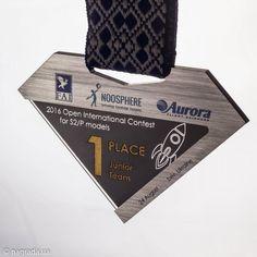 Медаль из алюминия и черного стекла - nagrada.ua™