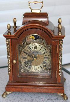 Lote 35858730: Antiguo Reloj de Sobremesa con el calendario lunar, Tipo Bracket. Ref 02