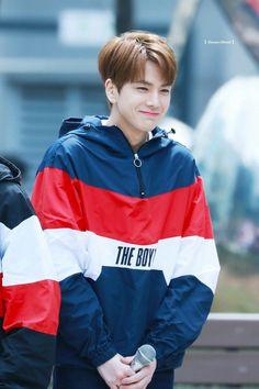 Younghoon Most Handsome Men, Flower Boys, Pop Group, Rapper, Beautiful People, Rain Jacket, Windbreaker, Korean, Fandoms