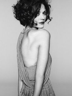 "Marion Cotillard - and then I'm like ""maybe I'll cut all my hair off again."" and then I have to remind myself that I don't look like marion Cotillard. Curly Hair Styles, Short Curly Hair, Short Hair Cuts, Short Curls, Long Hair, Short Wavy, Messy Curls, Curly Bob With Fringe, Blonde Curly Bob"