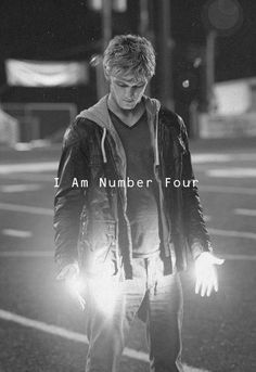 Alex Pettyfer: I Am Number Four / Black & White Photography
