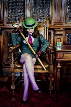Cosplay: The Riddler Cosplayer: Sylver Photographer: Alexis Muñoz Location: National Library, Chile Submitted by Batman Cosplay, Dc Cosplay, Comic Con Cosplay, Best Cosplay, Cosplay Girls, Cosplay Costumes, Female Cosplay, Female Villain Costumes, Female Villains
