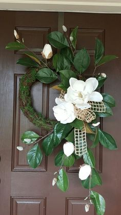 Gorgeous Spring Wreath Decor Idea For Your House Front Door Wreath. Diy Wreath, Grapevine Wreath, Wreath Ideas, Boxwood Wreath, Tulle Wreath, Outdoor Wreaths, Magnolia Wreath, Creation Deco, Deco Floral