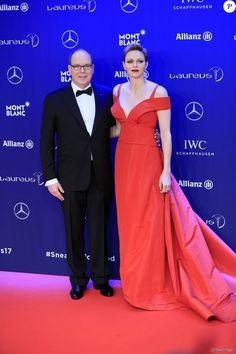 Le prince Albert II et la princesse Charlène de Monaco lors de la cérémonie des Laureus World Sport Awards 2017 à Monaco le 14 février 2017.