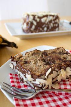 Mandel-Dattel-Bananenkuchen mit Schokoladenstückchen