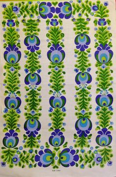 This would make a perfect pillow Retro Fabric, Vintage Fabrics, Retro Pattern, Pattern Design, Fabric Patterns, Print Patterns, Irish Traditions, Vintage Sheets, Graphic Prints