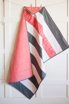Cute idea for a simple quilt- Stripe Quilt w/ ruffle