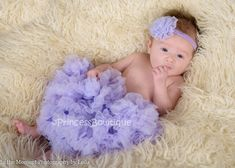 Super Soft Newborn Baby Pettiskirt is perfect for your baby. Made with super soft fabrics and cascading ruffles for the best baby gift ever! Baby Bloomers, Baby Tutu, Baby Bows, Vintage Baby Headbands, Make Baby Headbands, Girls Leg Warmers, Baby Leg Warmers, Baby Boutique Clothing, Boutique Shirts