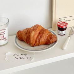 Tea Cakes, Aesthetic Food, Blueberry, Nom Nom, French Toast, Berries, Cookies, Breakfast, Desserts