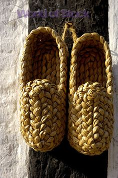 6a8e931085c023 Danish Straw Clogs. Daleen Du · diy shoes
