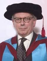 david starkey attended Fitzwilliam College,Cambridge on a scholarship where he gained a first class degree then a PHD in history.