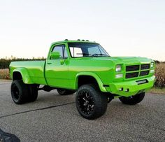 First Gen Dodge Cummins Neon Green Dually For Bubba ❤️ Old Dodge Trucks, Lowered Trucks, Jacked Up Trucks, Dually Trucks, Cool Trucks, Big Trucks, Pickup Trucks, Cummins Turbo Diesel, Dodge Diesel
