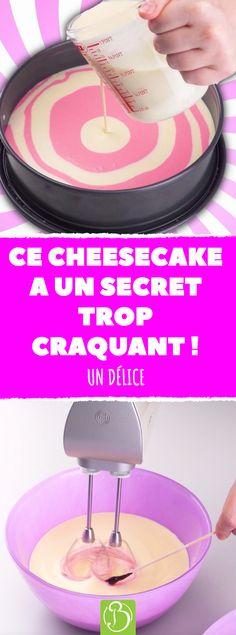 Tout le monde adore les cheesecakes ! Mais la recette de ce gâteau-là en fait un dessert très spécial... #dessert #desserts #cheesecake #cheesecakes #gateau #gateaux #recette #recettes #rose #couleur #couleurs #cuisine #cuisiner #ingredient #ingredients #patisserie #patisseries #anniversaire #fete