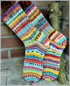 Smilie Crochet Socks, Love Crochet, Knitting Socks, Hand Knitting, Knitting Patterns, Knit Crochet, Wool Socks, My Socks, Stockings