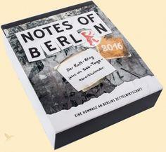 Der preisgekrönte Kult-Blog über die Berliner Zettelwirtschaft NOTES OF BERLIN erscheint als Abreißkalender!  365-mal  wird uns in 2016 eine neue, unterhaltsame, kreative oder kryptische  Notiz aus dem Straßenalltag der Hauptstadt überraschen. Die Fundstücke  erzählen von Liebe, Diebstahl, Nachbarschaftsstreits und allerlei  Kuriositäten wie entlaufenen Leoparden und verlorenen Einhörnern.