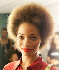 12 Beauty Blogs That Every Natural-Haired Girl Should Bookmark
