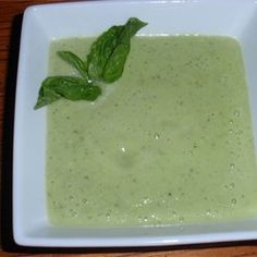 A fresh raw cucumber soup is loaded with vegetables and is pureed with avocado for a creamy dairy-free meal. Apple Recipes, Raw Food Recipes, Soup Recipes, Food Tips, Keto Recipes, Recipies, Healthy Recipes, Vegan Soups, Vegan Dishes