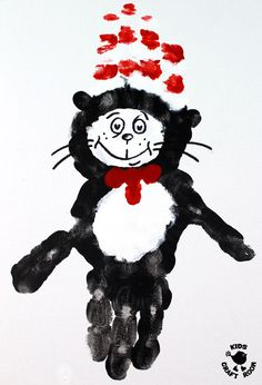 Are you a The Cat In The Hat book fan? These Dr Seuss Cat In The Hat Handprint Crafts are super fun and easy to do! A great World Book Day craft or for Dr Seuss' birthday celebrations. Dr Seuss Art, Dr Seuss Crafts, Dr Seuss Week, Cat Crafts, Dr Suess, Toddler Art, Toddler Crafts, Dr Seuss Activities, March Crafts