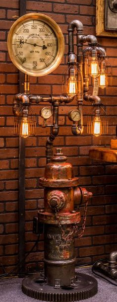 Steampunk Industrial Fire Hydrant, Steam Gauge Floor Lamp www. Casa Steampunk, Lampe Steampunk, Steampunk Design, Pipe Lighting, Industrial Lighting, Industrial Pipe, Vintage Lighting, Vintage Industrial Decor, Industrial Furniture