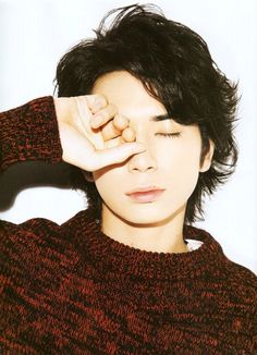 松本潤 Japanese Drama, Japanese Boy, Jun Matsumoto, Kento Nakajima, You Are My Soul, Drama Fever, Types Of Guys, Asian Celebrities, Cute Actors